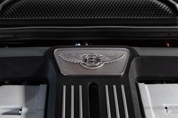 Фото №8 - Cамый быстрый четырехдверный Bentley в истории — Flying Spur W12 S