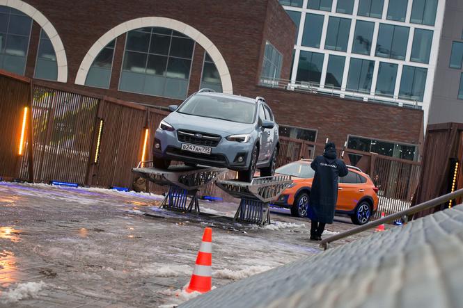 Каток, полоса препятствий и Subaru XV