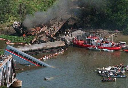 25 лет крупнейшей железнодорожной катастрофе
