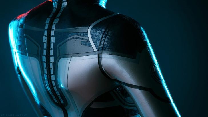 Фото №2 - Самый сексуальный косплей героини игры Mass Effect