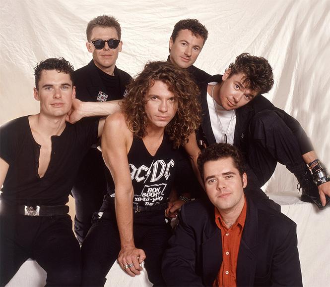 Фото №2 - 38 баек о происхождении названий рок-групп