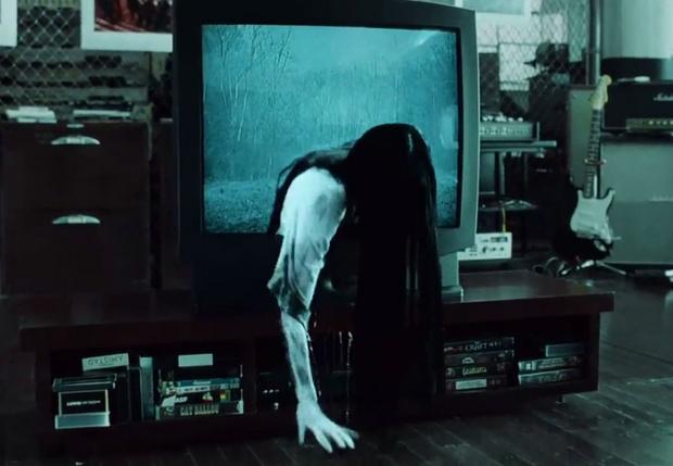 Фото №1 - 9 способов, которыми телевидение убивает тебя