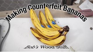 Самый важный навык в жизни: как сделать реалистичные деревянные бананы (ВИДЕО)