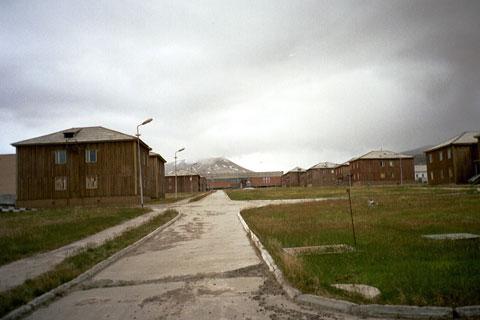 Фото №4 - Где без спроса ходят в гости: 10 оставленных людьми городов
