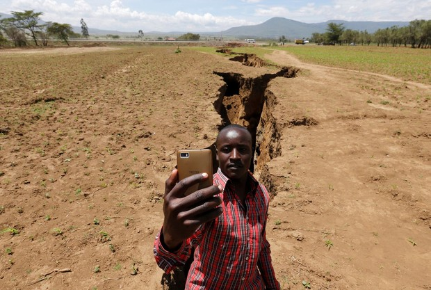 Фото №1 - Африка треснула пополам