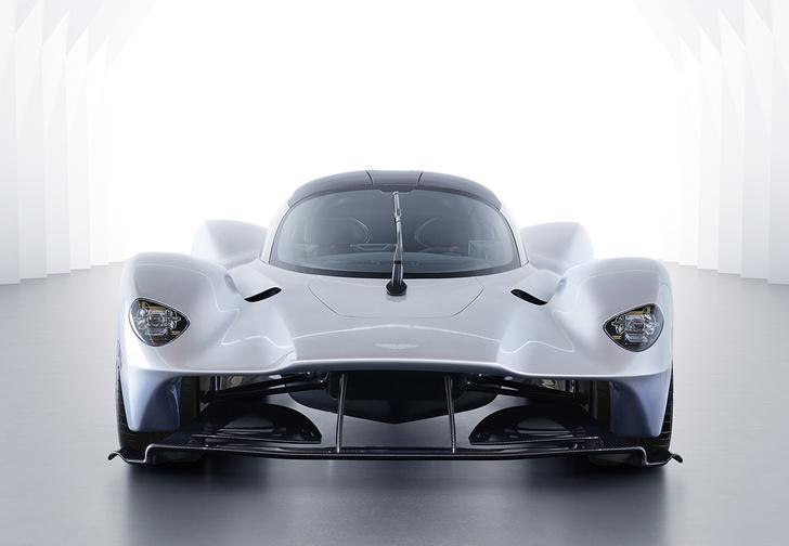 Фото №2 - В клубе тысячесильных пополнение: Aston Martin Valkyrie