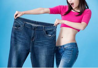 Как растянуть джинсы: 3 способа