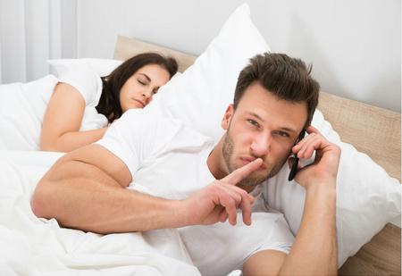 Возраст, в котором партнеры изменяют друг другу в два раза чаще