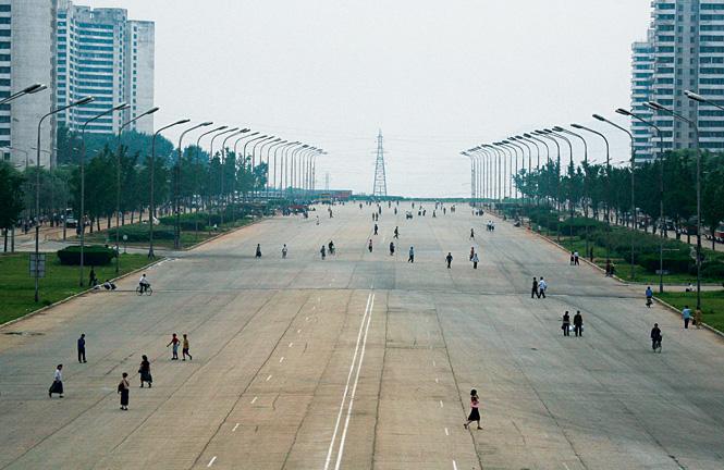 Частного транспорта в КНДР нет