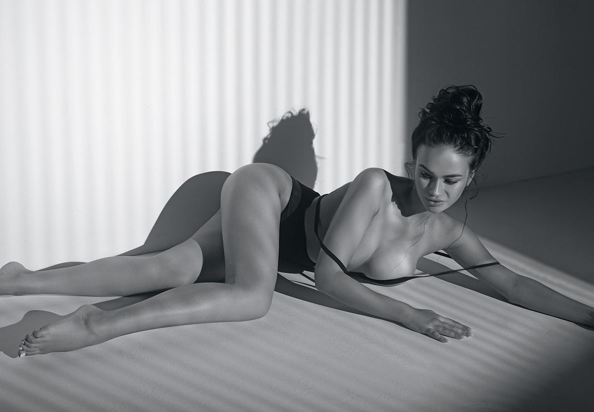 polzay-u-nog-porno-video