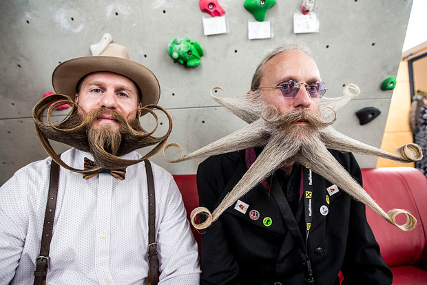 Фото №1 - Самые вычурные участники мирового чемпионата бород и усов разных лет (18 очень волосатых фото)