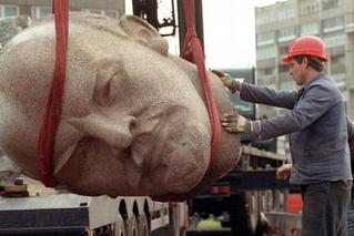 Ленин и ящерицы. В Берлине хотят восстановить фигуру основателя СССР
