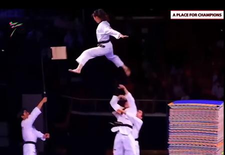Впечатляющее показательное выступление сборной Южной Кореи по тхэквондо (видео)