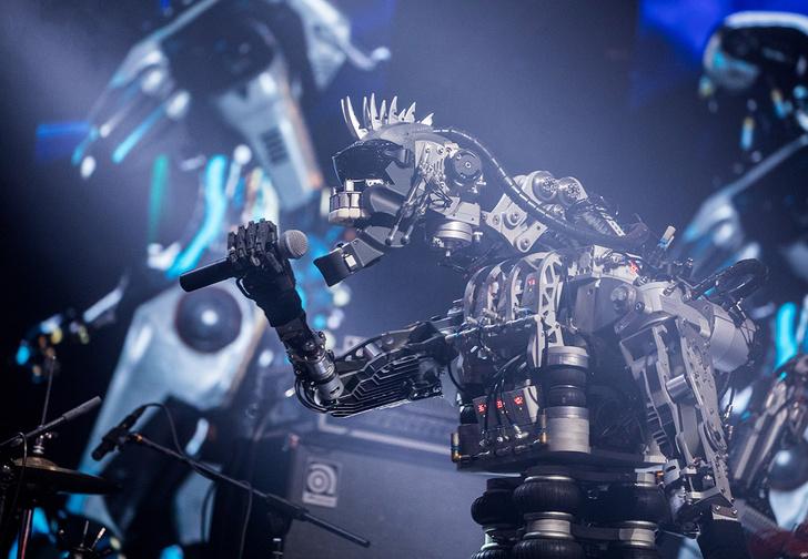 Фото №1 - Тяжелый металл: робот-вокалист вошел в состав немецкой рок-группы