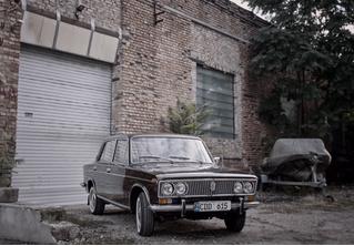 Найдены «Жигули» 1975 года, простоявшие в гараже 40 лет! С пробегом меньше 150 километров! (Ностальгическое ВИДЕО)