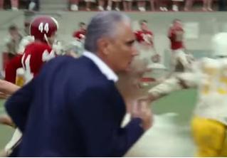 «Беги, Тите, беги!» Ликующий тренер бразильцев превратился в мем в уморительном ВИДЕО