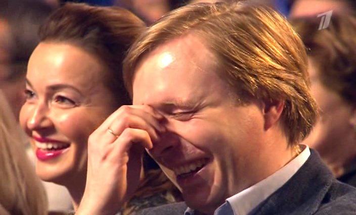 Фото №1 - Лучшие шутки дня и самоубийство через повешение!