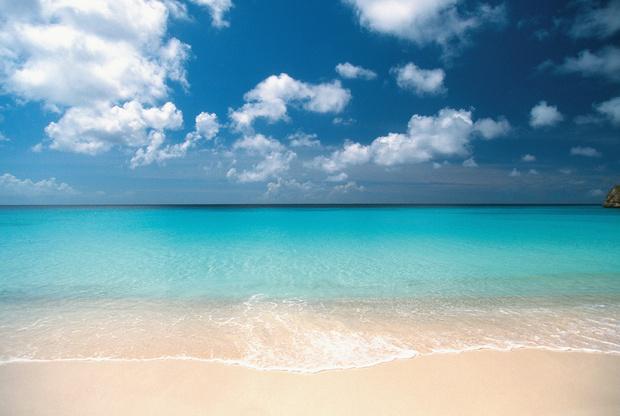 Фото №1 - Невероятная подборка лучших нудистских пляжей в мире