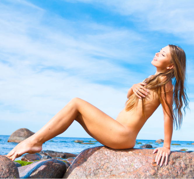 Фото №8 - Правила поведения на нудистском пляже и еще 10 самых популярных статей недели!