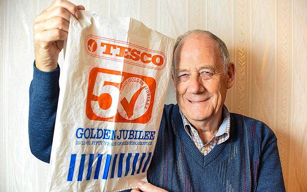 Пенсионер использует один и то же пакет уже 36 лет!