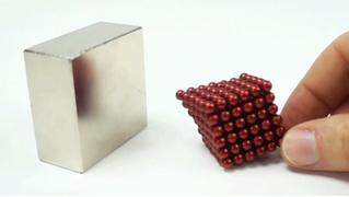 ВИДЕО для медитации: столкновение магнитов в замедленной съемке