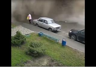 Эпичный прорыв водопровода в Барнауле (ВИДЕО)