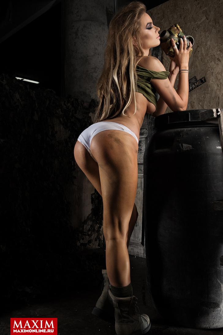 Катерина Бравве - фото в MAXIM