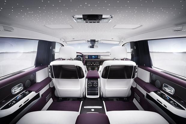 Фото №7 - Rolls-Royce Phantom VIII: представлен самый роскошный автомобиль от начала времен