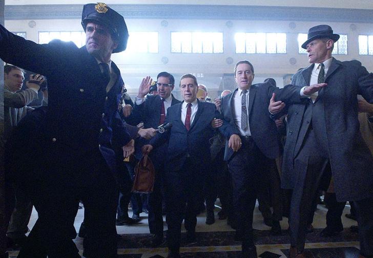Фото №1 - Роберт Де Ниро против Аль Пачино в трейлере нового фильма Скорсезе «Ирландец»