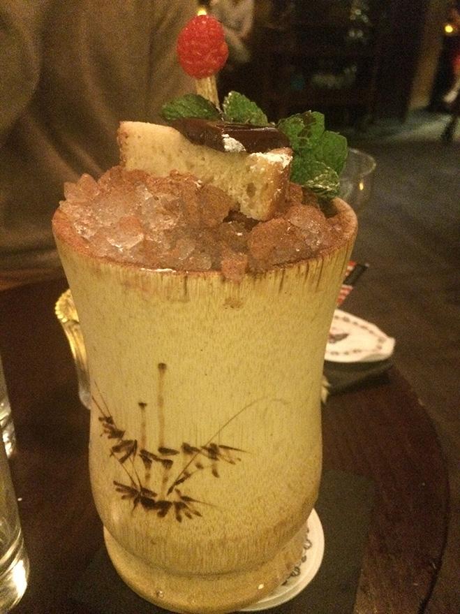 Коктейль Barrel Aged Zombie, бар Nightjar, Лондон