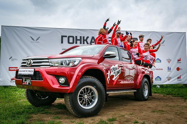 MAXIM — в составе команды Toyota — проверил себя на прочность в масштабном спортпроекте «Гонка Героев. Новая высота».