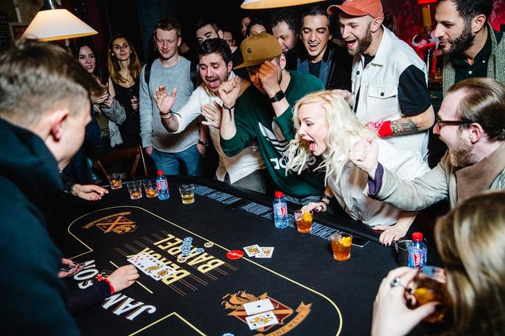 Фото №33 - Состоялась заключительная покерная вечеринка из серии Jameson Sips&Chips