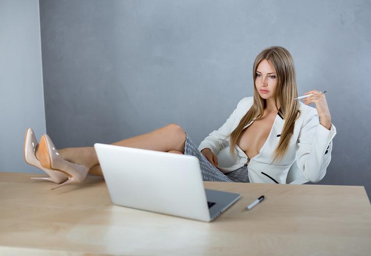 Фото №1 - Ученые заявили о пользе мастурбации на работе