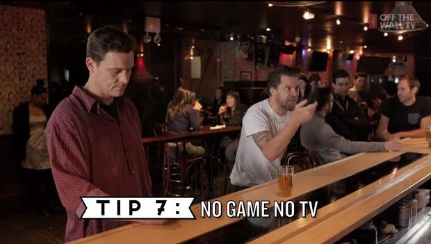 Фото №7 - 10 правил мужского поведения в баре