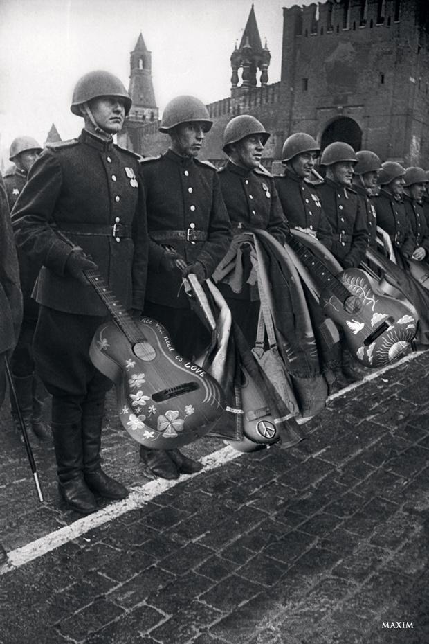 Фото №1 - Если бы Гитлер был хиппи