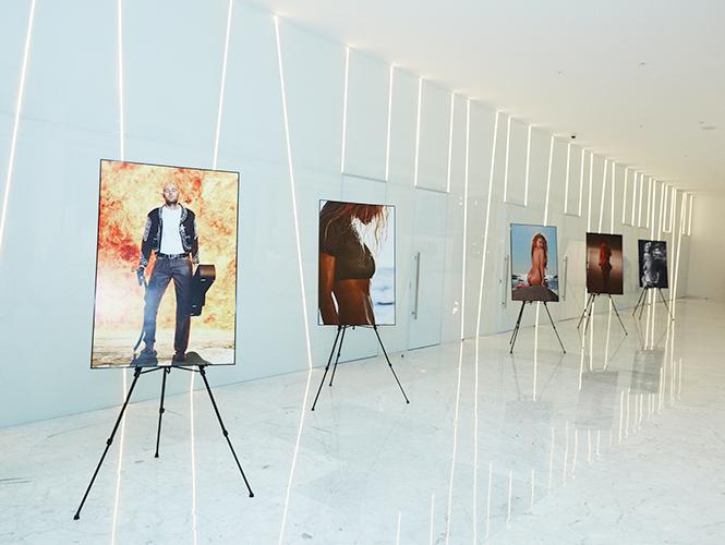 Фото №15 - Юбилейная фотовыставка MAXIM: как это было и было ли вообще