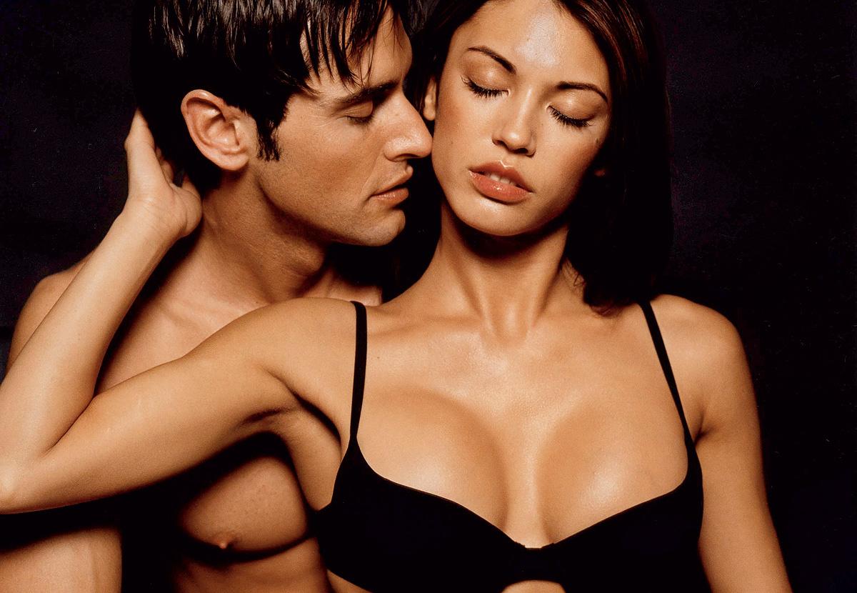 Секс видео мужчины с женщиной уговаривая и разговаривая с ней во время секса