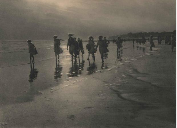 Фото №1 - 20 пронзительных фотографий Леонарда Мизона