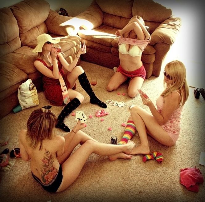 Игра эро видео покер на раздевание фото 279-599