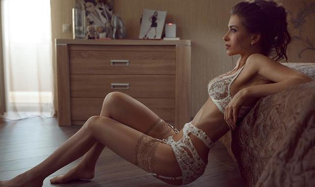 Анна Чамбаева