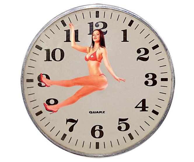 Легко! Сделать часы из своей девушки