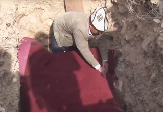 В Киргизии мумию из музея закопали в могилу — чтобы сэкономить, провести хорошие выборы и опорочить министра
