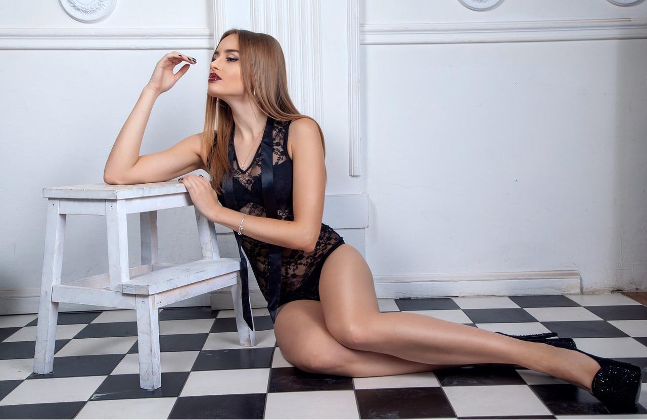 Онлайн сексапильная участница аргентинских танцев со звездами синтия фернандес