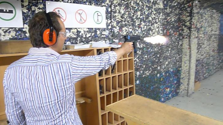 Фото №4 - Каково это— стрелять из ППШ, маузера, нагана, винтовки Мосина и еще девяти видов огнестрельного оружия