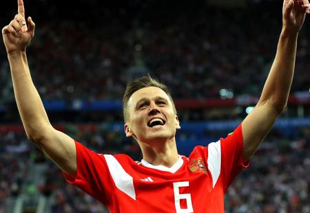 Объявлены претенденты на самый красивый гол года по версии FIFA. И там есть один наш!