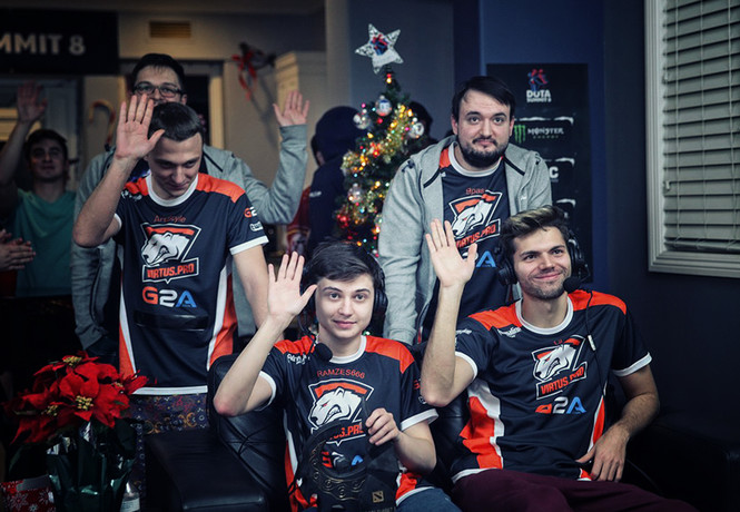 Рождественская Dota 2: Virtus.pro — чемпионы The Summit 8