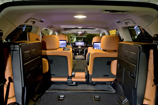Салон Lexus LX 570