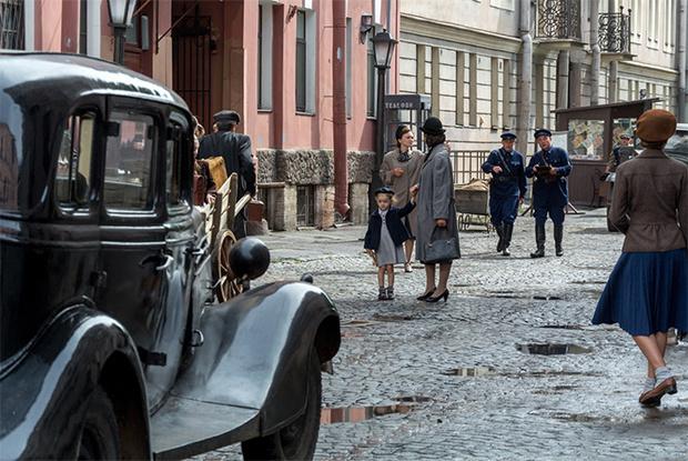 Фото №2 - Военно-патриотический отдел MAXIM рецензирует «Спасти Ленинград»