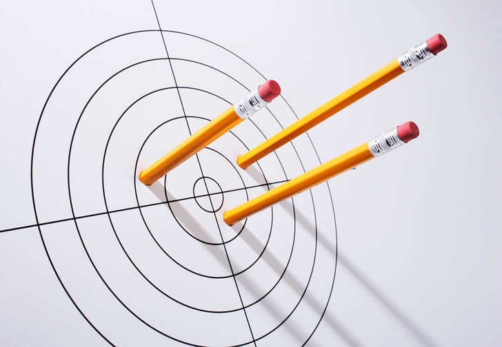 Фото №1 - Почему карандаши желтые