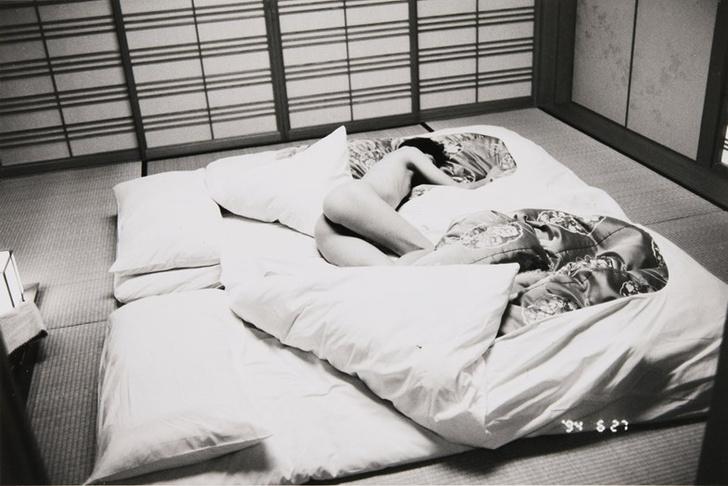 Фото №5 - 7 главных эротических экспонатов с аукциона «Сотбис»